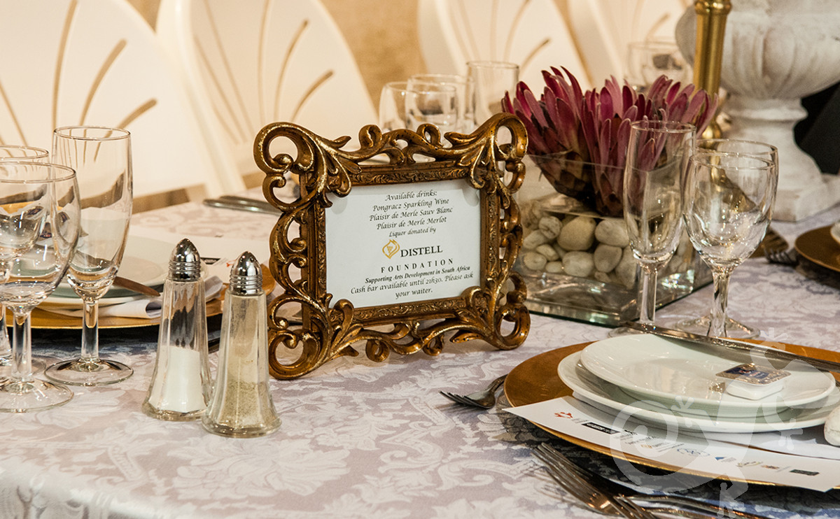 Long Table Dinner, George Bizos Fund, proteas, gold frames