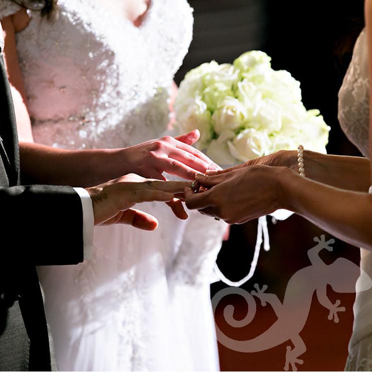 Cos it's true, Couple, bridal bouquet