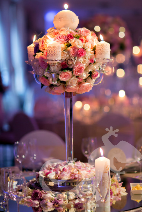 I do...first wedding portfolio,soft pink flowers, elegant table centrepiece