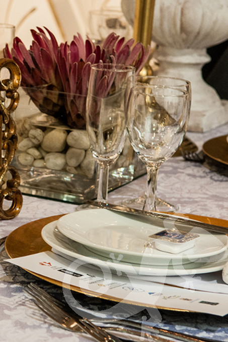 Long Table Dinner, George Bizos Fund, table decorations, place setting