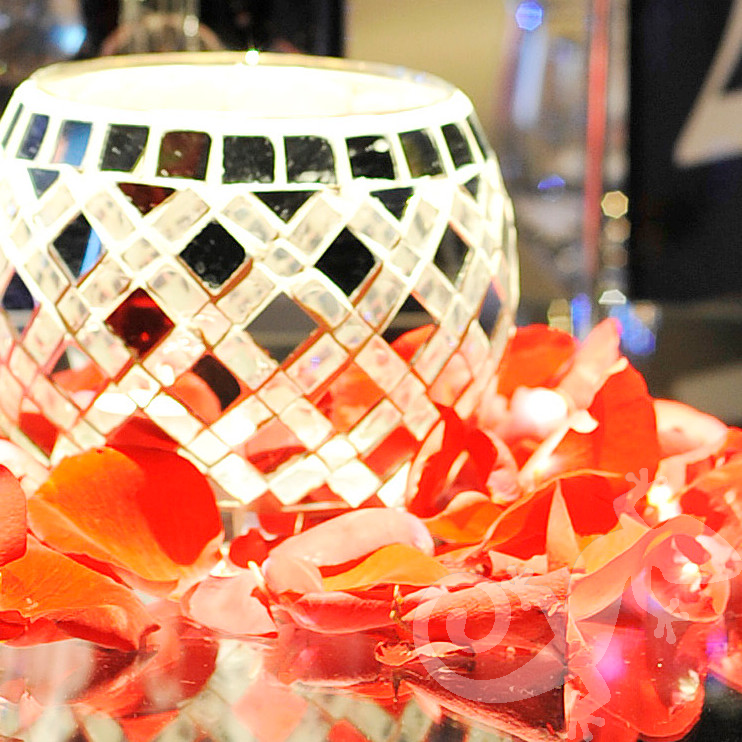 Corporate events, Cocktail Party, candles, rose petals