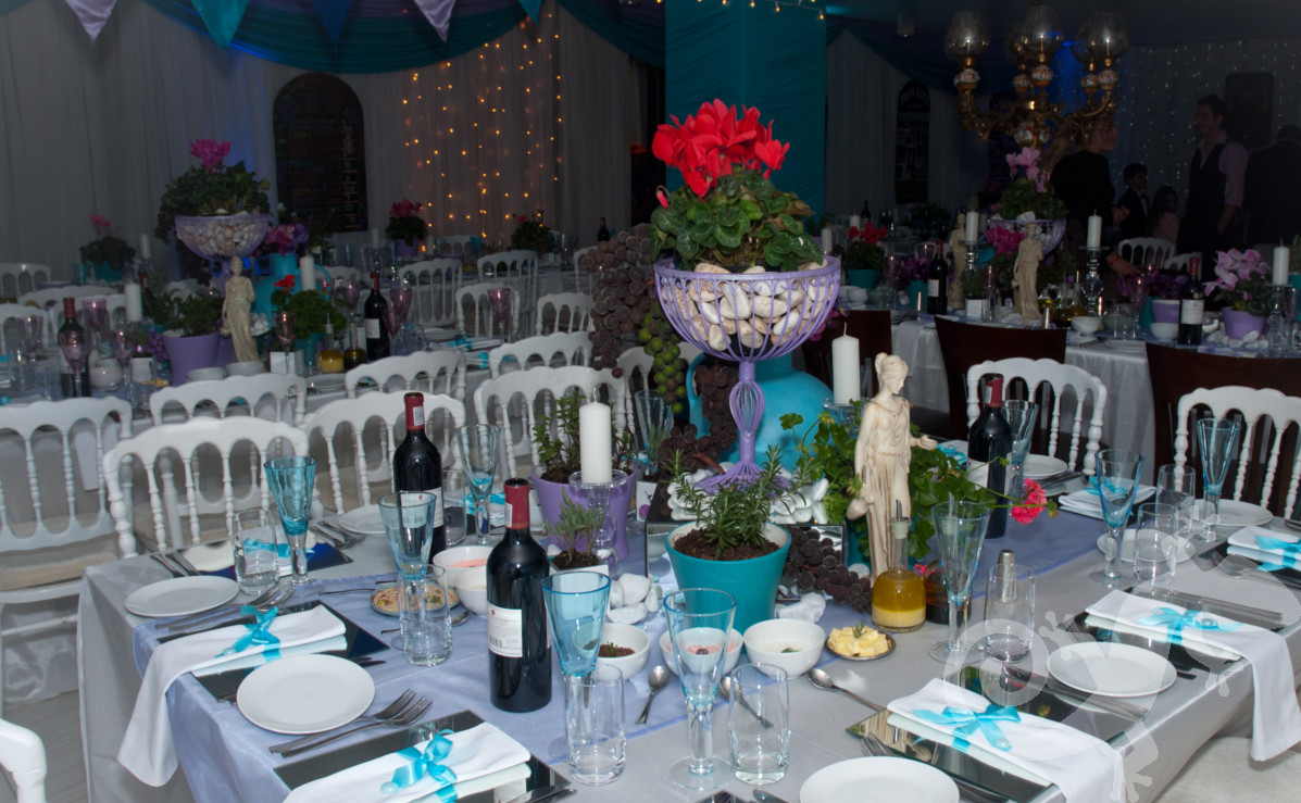 Greek taverna theme, Greek island table setting