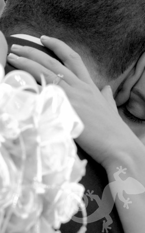 Cos it's true, the Couple, bridal bouquet