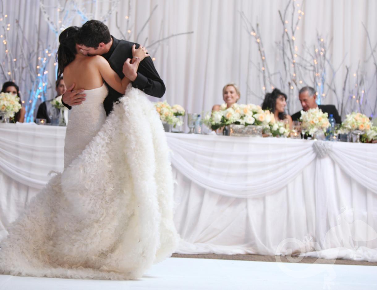 classic elegance, I do, white wedding, perfect style, perfect couple