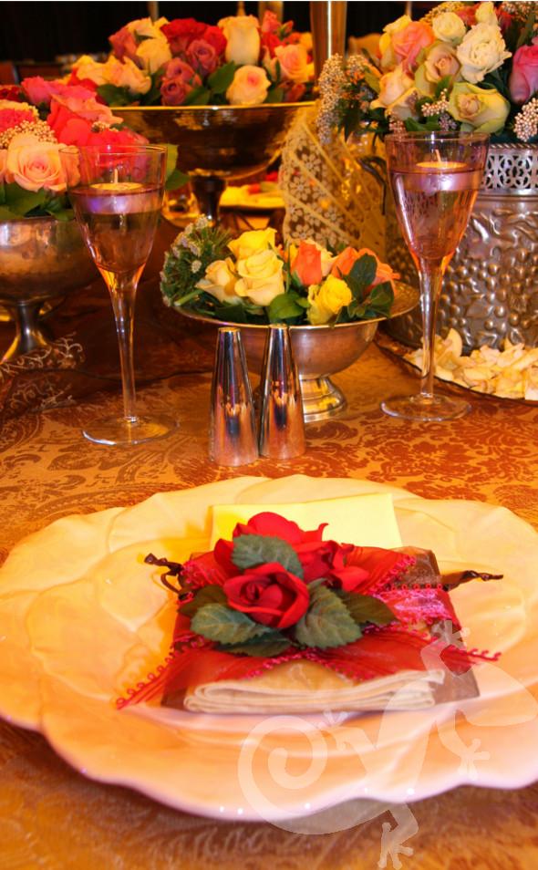 Latin Rhythm, Gala event, brocade, floral retro base plate