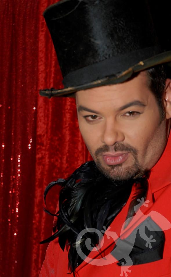 Moulin Rouge attitude, party theme