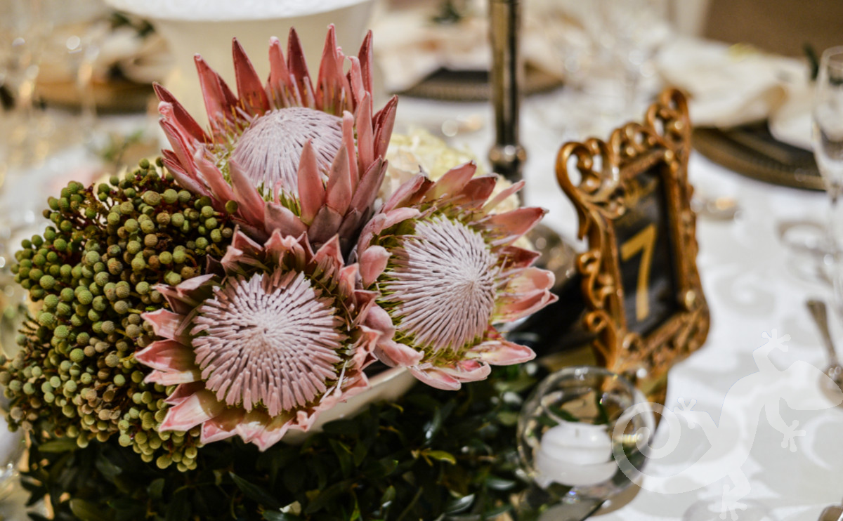 memorable dinner events, elegant table settings, corporate evenings
